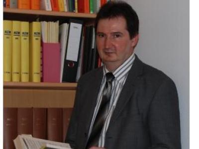 Abmahnung Urheberrechtsverletzung | XAVAS - Gespaltene Persönlichkeit  - Zimmermann und Decker Rechtsanwälte im Auftrag der Rechteinhaber