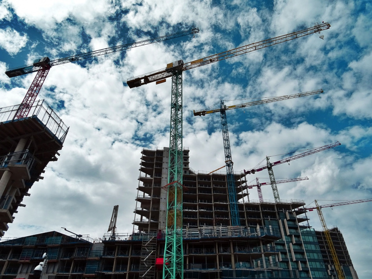Baugenehmigung bei Verstoß gegen Abstandsflächengebot nur dann anfechtbar, wenn nicht selbst gegen Abstandsflächengebot verstoßen wurde.