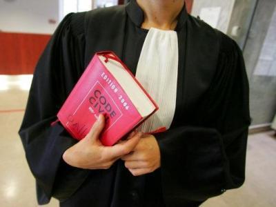 Braucht man einen Anwalt im Strafrecht? Wie finde ich den richtigen Anwalt im Strafrecht? Was kostet ein Anwalt im Strafrecht?
