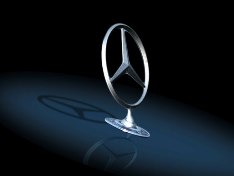 Der Daimler-Konzern will einen unliebsamen Richter am Landgericht Stuttgart mit einem Befangenheitsantrag loswerden.