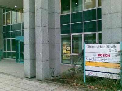 EuGH: Erleichterter Rücktritt von bestimmten Versicherungsverträgen (Europäischer Gerichtshof, Urteil vom 19.12.2013, C-209/12)