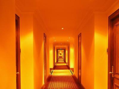 Hotel haftet nicht als Störer für Urheberrechtsverletzungen in Tauschbörsen - Auch der Abmahner muss genauer hinsehen!