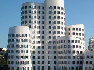 Immobilienrechtler Garchow | Düsseldorf:  Aufklärungspflicht des Vermieters, wenn die Betriebskostenvorauszahlungen nicht kostendeckend sind?