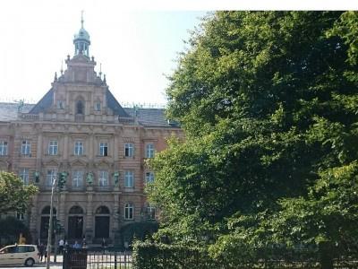 Landgericht Köln: Keine Haftung des Hotelbesitzers bei Diebstahl aus abgestelltem Pkw
