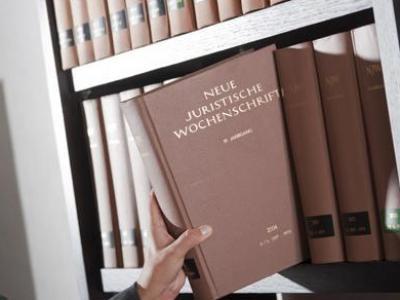 Ohne ordnungsgemäße Unterschrift sind Nachträge auf Testamenten unwirksam.