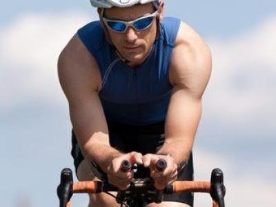Radfahrer haftet mit, wenn er nicht auf dem Radweg fährt