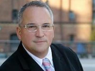 MPC Schiffsfonds: Hahn Rechtsanwälte verklagen Sparda Bank Hamburg eG wegen Falschberatung