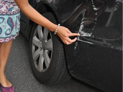 Unfallflucht: Keine Strafbarkeit, wenn Unfall nicht an Ort und Stelle bemerkt wird