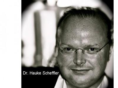 """Waldorf Frommer mahnt für die Universum Film GmbH """"Walking on sunshine"""" ab"""