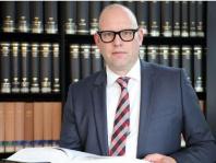 OLG Braunschweig bestimmt von TILP vertretene Klägerin zum Musterkläger gegen Volkswagen