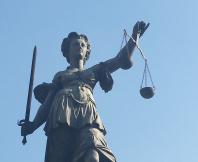 Thormann / Leo One: LG Mosbach verurteilt ehemaligen Geschäftsführer und Rechtsanwalt