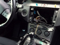 Versicherung muss bei Diebstahl aus Auto auch Schaden am Verdeck bezahlen