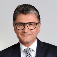 Dr. Ernst L. Schwarz