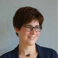 Dr. Eva Voetz