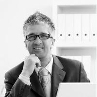 Rechtsanwalt Dr. Max Mustermann, LL.M.