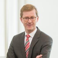Dr. Thomas Hundt