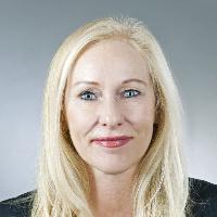 Sabine Henzler